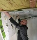 Die Vario XtraSafe-Folie durch einfaches Andrücken befestigt.